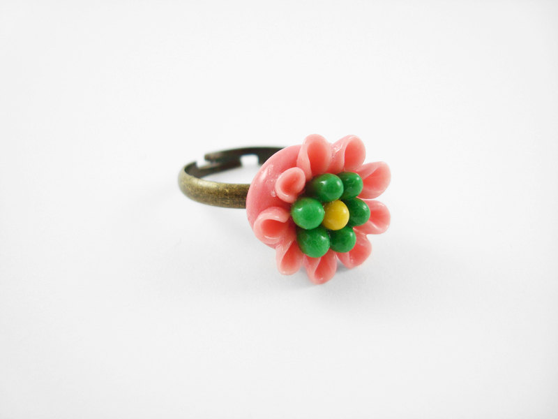 Pink Clay Flower Adjustable Antique Bronze Ring