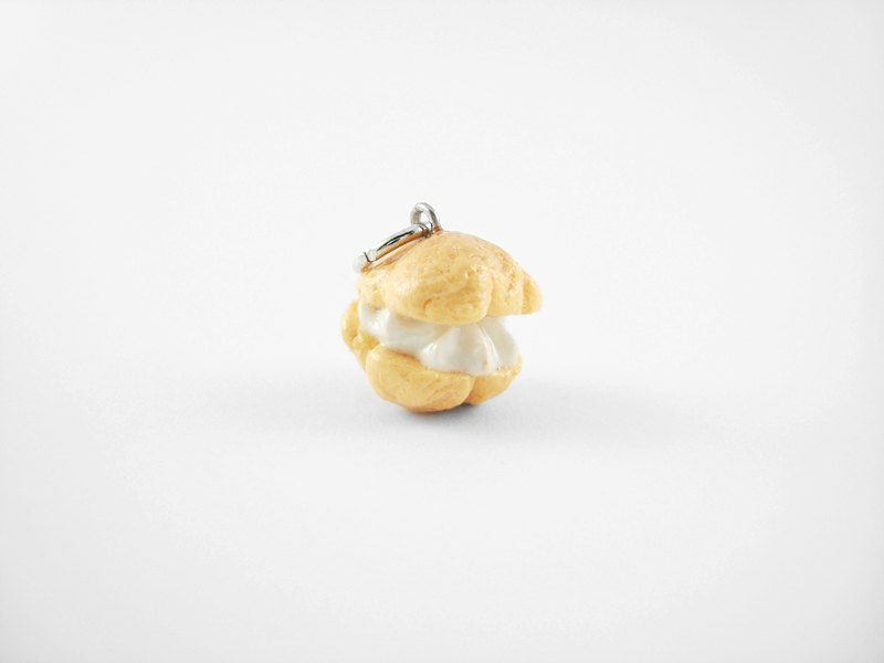 Miniature Charm Vanilla Cream Puff