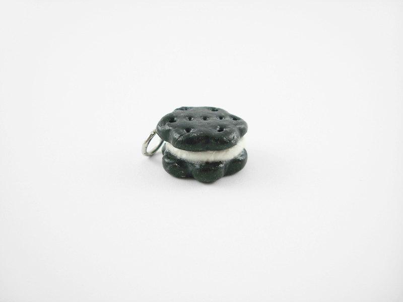 Miniature Charm Cookie Sandwich Flower Vanilla Icing